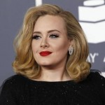 Adele smashes records with 3.38 million first-week US sales of '25'
