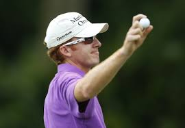 Castro strikes back for four-shot lead at rain-hit PGA event