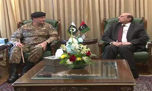 Corps Commander Karachi, Sindh CM discuss targeted operation
