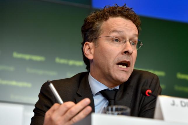 Euro zone agrees Greece can get next loan tranche, cash for bank recap