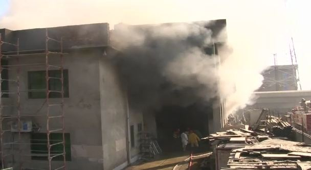 Fire engulfs warehouse and production unit of a factory in Lahore