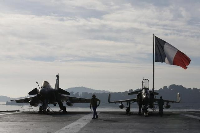 France pushes UN to support fight against IS