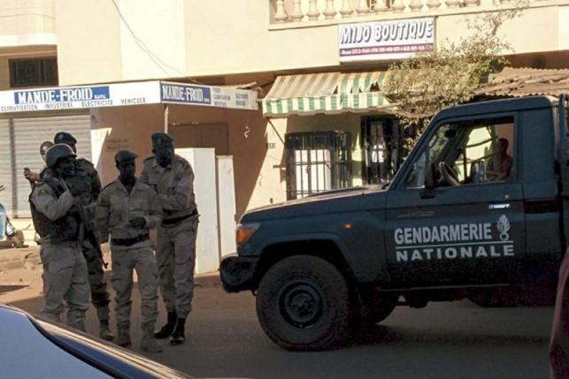Gunmen attack luxury hotel in Mali capital, TV says commandos free 80 hostages