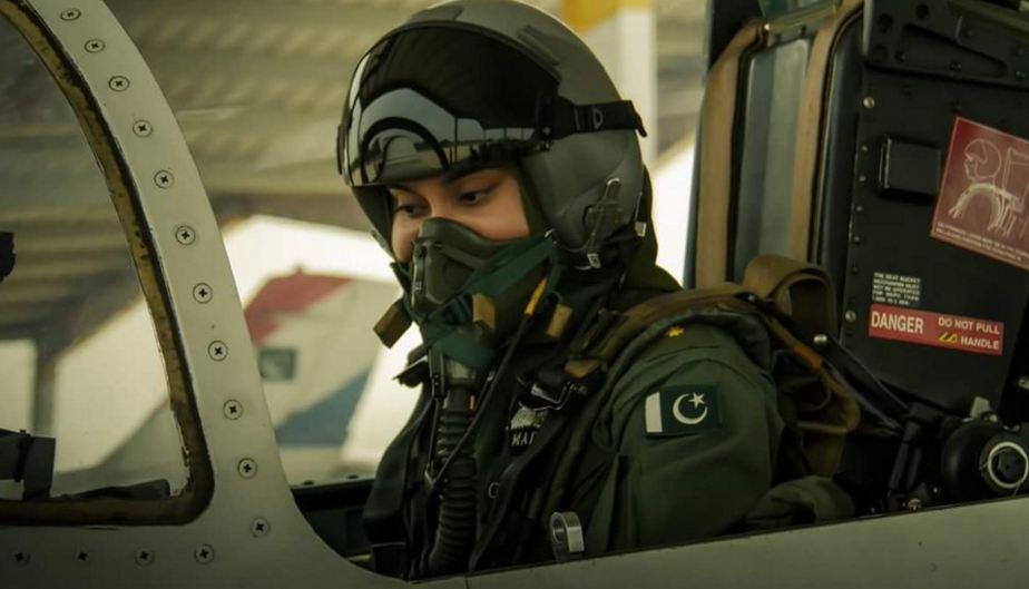 Female PAF pilot dies in trainer jet crash
