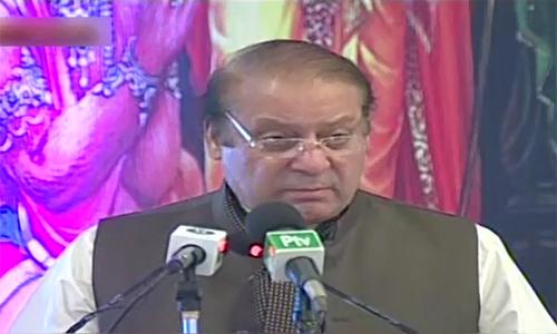 Prime Minister Nawaz Sharif participates in Diwali ceremony in Karachi
