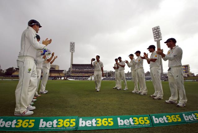 Australia pace bowler Johnson to retire after test