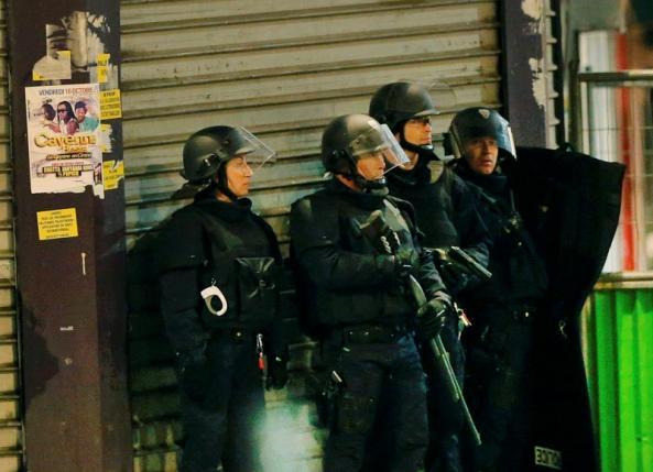 Paris attack suspect eludes police, complicating probe