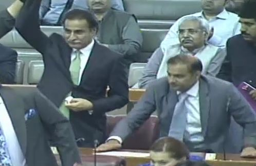 Ayaz Sadiq takes oath as National Assembly speaker for second time