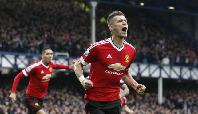 Schneiderlin happy to take back seat in favour of results