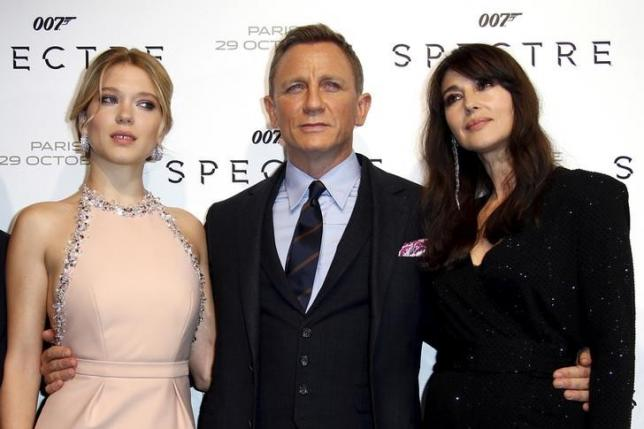 Pay attention 007: In India, you can kill - but don't kiss