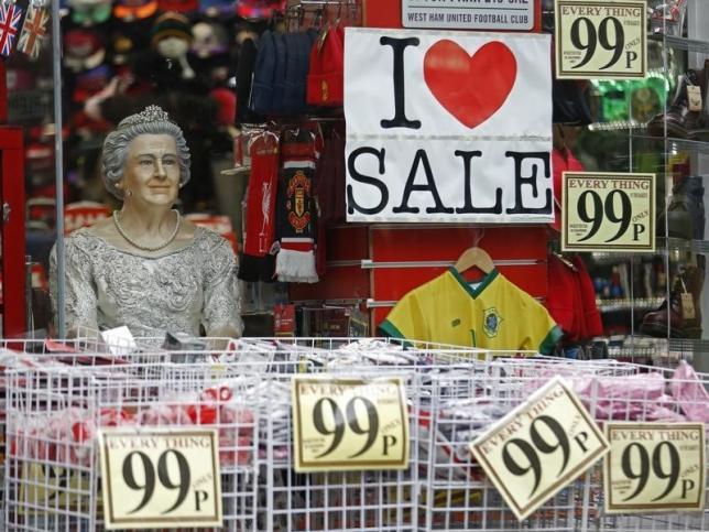 UK shop prices drop again in October, more falls expected in Xmas run-up: BRC