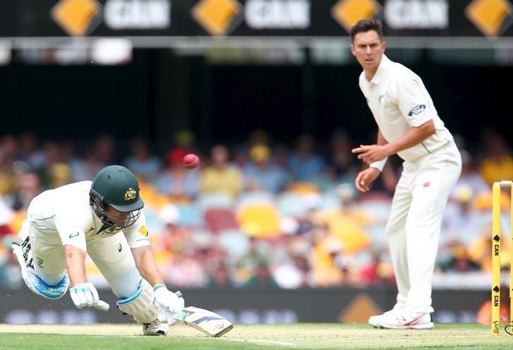 Warner's 163 puts Australia in charge against Kiwis in Brisbane