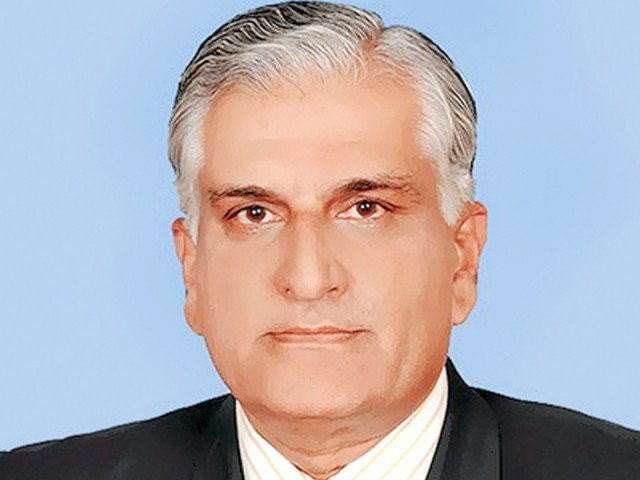 Zahid Hamid takes oath as Federal Minister for Climate Change