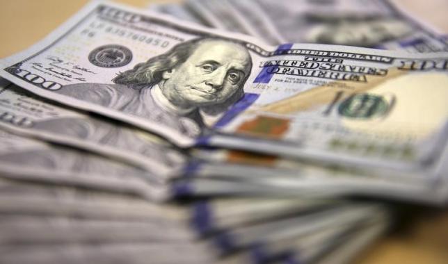 Dollar falls versus euro, gains versus yen after jobless data