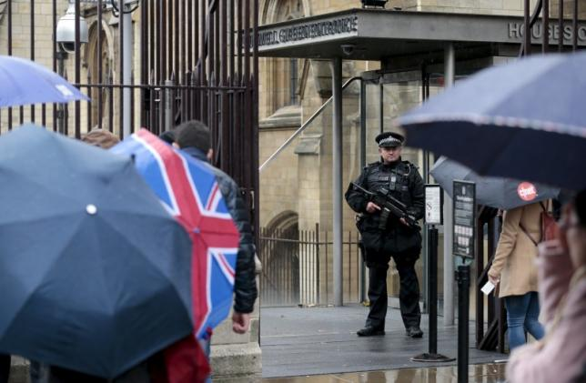 UK to boost funding for intelligence agencies, aviation security