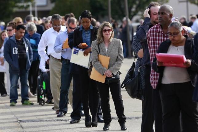 US jobless claims rise; third-quarter productivity posts surprise gain
