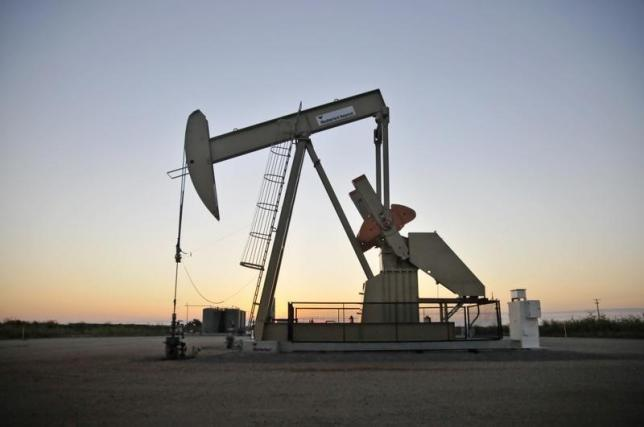 Oil edges up, but signs point to growing glut of barrels