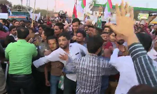 MQM takes out rally against arrest of workers in Karachi