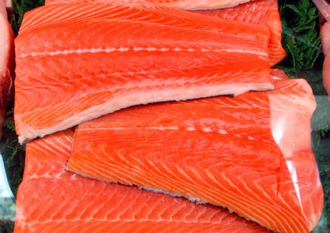 US clears genetically modified salmon for human consumption