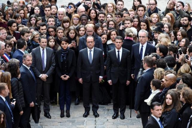Paris attacks: Minute's silence observed across Europe