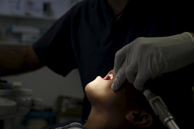 The latest sign of Greece's decay - children's teeth