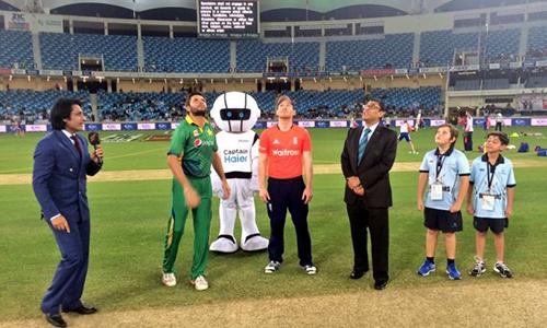 England win toss, bat first against Pakistan in first T20 match
