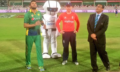 England win toss, elect to bat in 3rd T20 match in Sharjah