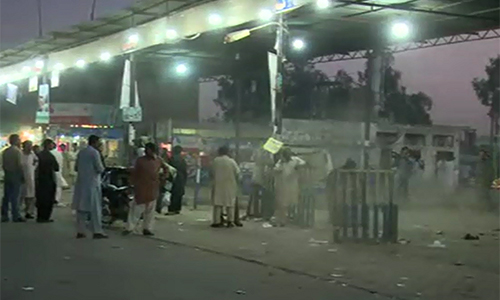 Former provincial minister Ch Zaheeruddin's van stand sealed in Faisalabad