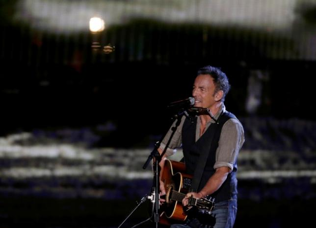 New York probes sale of 'speculative' Bruce Springsteen tickets on StubHub