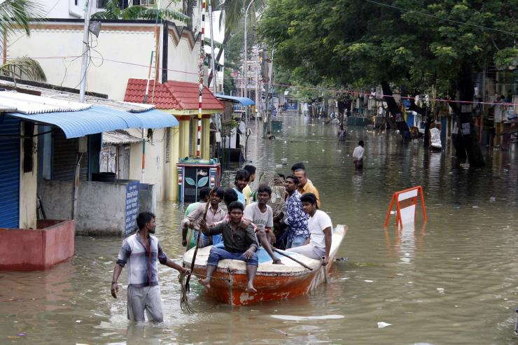 188 killed in Chennai rains, army, NDF teams deployed