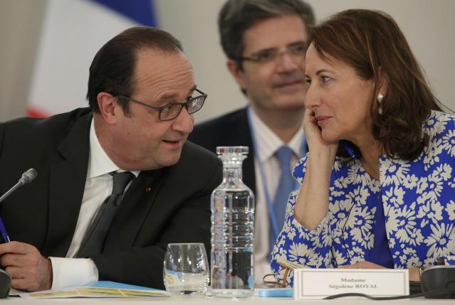 After leaders' rhetoric, climate negotiators start work on deal