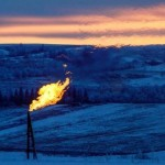 Oil prices fall as Canadian oil sands fields gradually return
