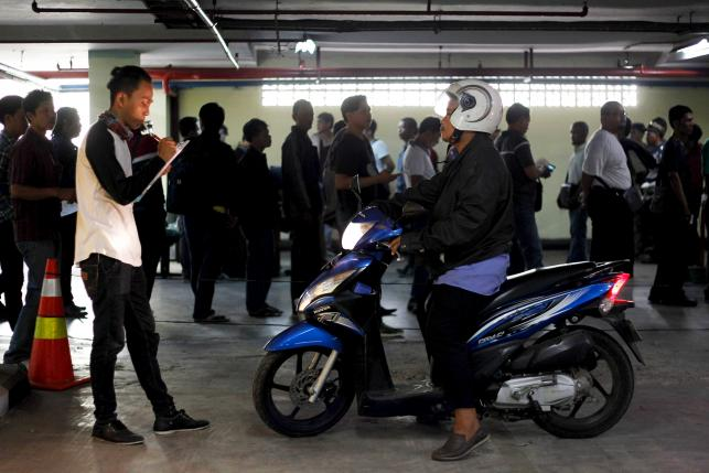 Smell test for Indonesia's motorcycle taxi candidates