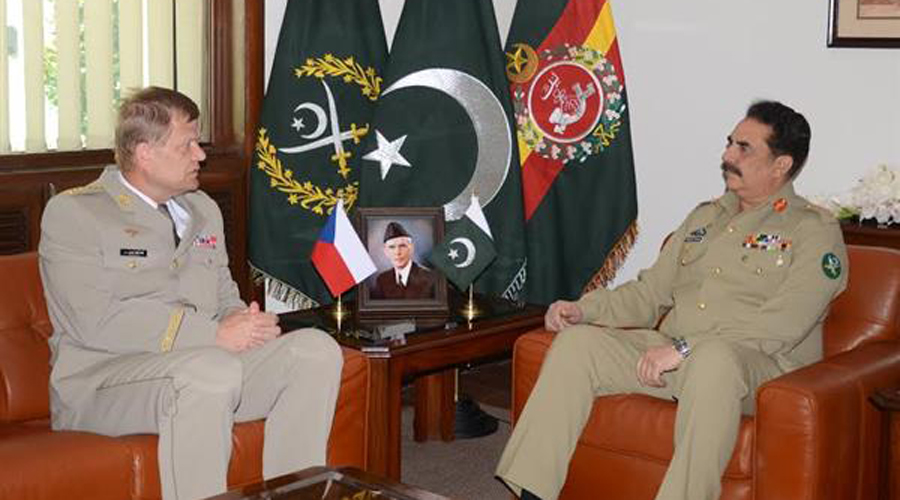 Czech Republic Chief of General Staff General Josef Becvar calls on COAS