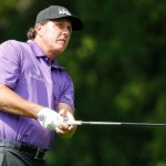 Mickelson's short game magic lifts him at Wells Fargo