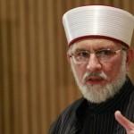 PAT chief Dr Tahirul Qadri reaches Birmingham