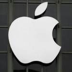 Divided Irish cabinet to meet on whether to fight EU on Apple tax