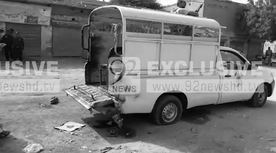 Official martyred, 14 injured in attack on Rangers' vehicle in Larkana