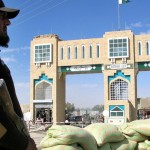 Pakistan shuts down Torkham, Chaman border crossings with Afghanistan