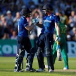 England hit world record 444-3 to crush Pakistan