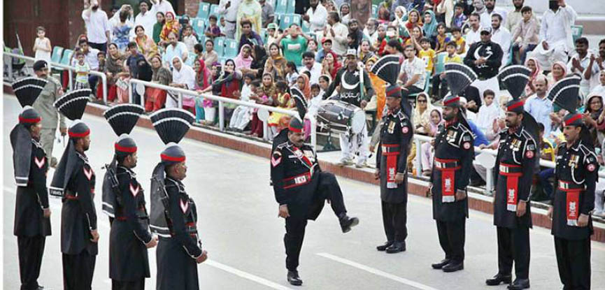 Thousands witness Rangers' parade at Wagah border