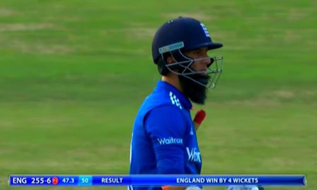 Cricket-Root leads England to easy one-day win over Pakistan