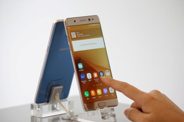 Samsung carrying out 'internal review' after China Galaxy Note 7 fire report