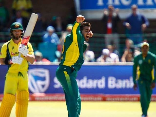 South Africa name uncapped spin duo for Australia tour