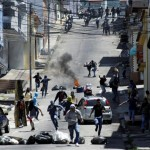 Venezuela, opposition announce dialogue as standoff worsens