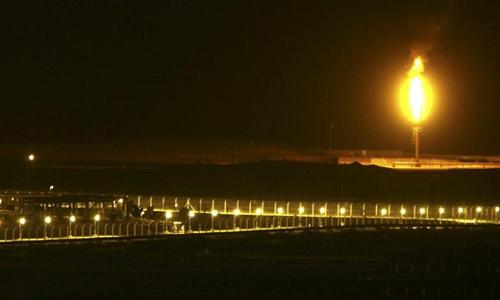 Saudis order oil cuts to U.S., Europe before non-OPEC talks