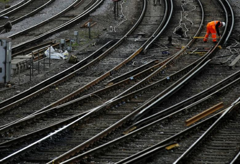 Britain plans biggest rail overhaul in 20 years