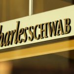 Charles Schwab launches hybrid human-robo financial advice