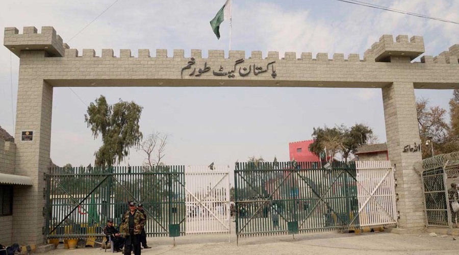 Pak, Afghan Army officials discuss border issues