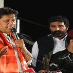 Nawaz Sharif is a hurdle in fulfilment of my dream, says Imran Khan